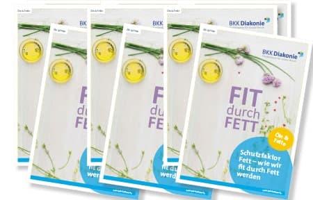"""Sechs mal die Broschüre der BKK Diakonie """"Fit durch Fett""""."""